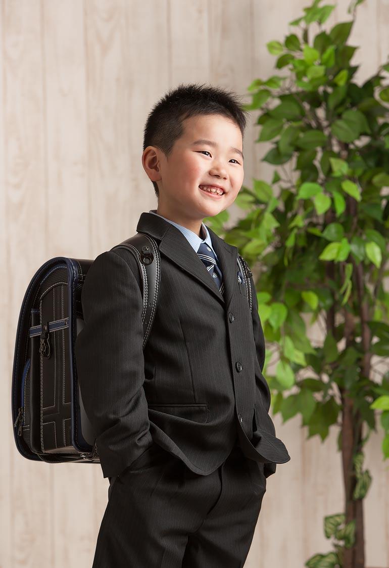 男の子の入学記念撮影の服装